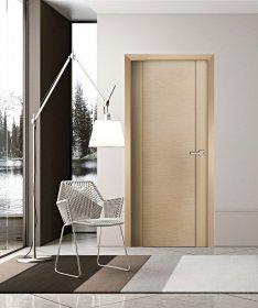 Durų stakta HELOST  PVC, reguliuojama, šviesaus ąžuolo spalvos, 100-140.