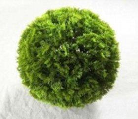 Dekoratyvinis dirbtinės žolės kamuolys HERVIN GARDEN RPCQ8-G skersmuo: 36cm. Sudėtis: PU, tuja