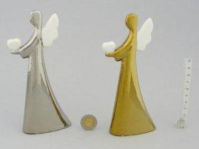 Statulėlė angelo formos, baltos arba aukso sp., aukštis 16,5 cm.