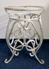 Metalinis stovas gėlėms 10-1156B (1-os vietos), baltos su auksu sp., 420 X 280 mm.