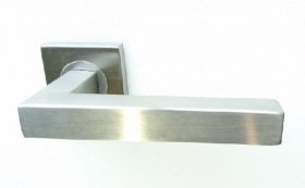 Rankena MP, SKT-S036, nerūdijantis plienas, tinka su E8Y durų apyraktėmis