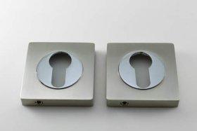Apyraktė durų MUZ-15-PZ, kvadrato formos, poliruotas/matinis chromas, tinka su MRO-72 rankena