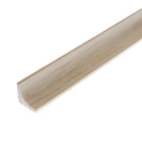 Vidinis kampas   Pušinis, išgaubtas, raštuotas, matmenys 18 x 18 mm, 2,75 m