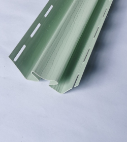 Vidinis PVC kampas S 13 SIDING BOR  Ilgis 3,05 m, šviesios žalios spalvos