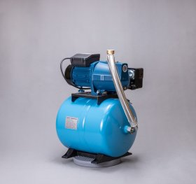 Vandens tiekimo sistema VTS2 Įsiurbimo gylis 9 m, kėlimo aukštis 41 m, našumas 40 l/min, galia 750 W, 25 L