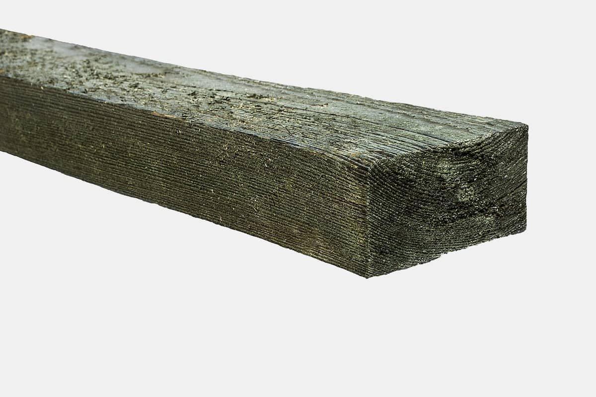 Tašelis neobliuotas matmenys 100 x 100 x 3000 mm, spygliuotis, impregnuotas